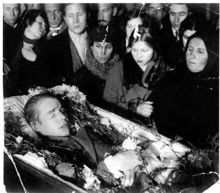 Тайна гибели Есенина